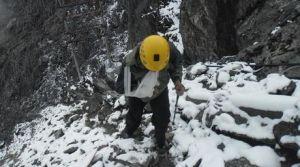 Carlos Pineda subiendo al Pico Espejo
